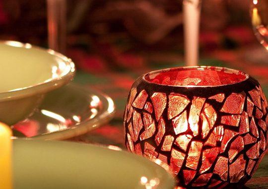 Романтический ужин + ароматный подарок = ресторан «Александровский»