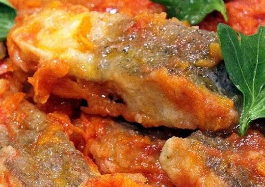 Рыба в томате в ресторане «Александровский»